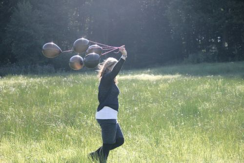 mergaitė,balionai,asmuo