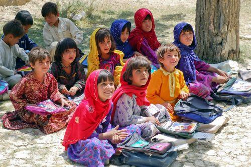 girl schoolgirl learn schulem