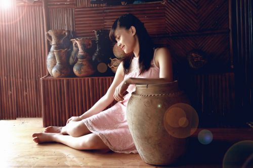 girl ceramic vase sunny