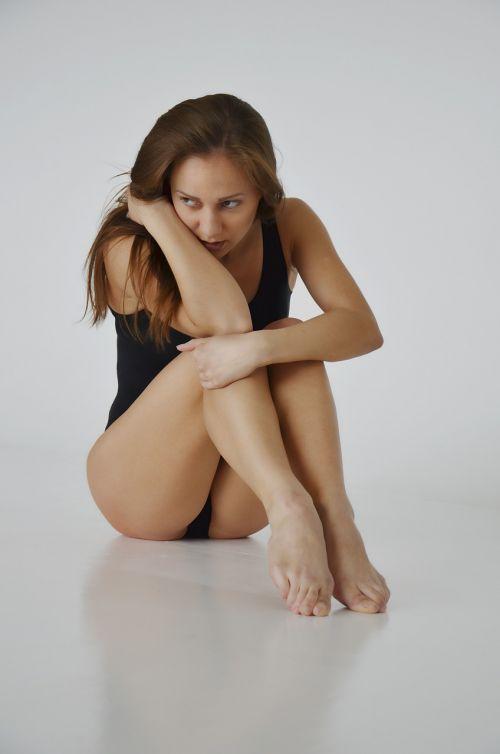 girl sorrow thoughtfulness