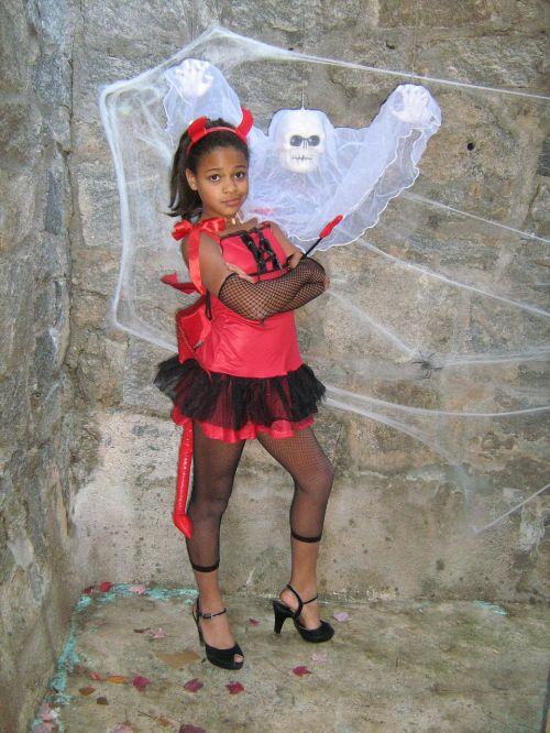 girl halloween ghost