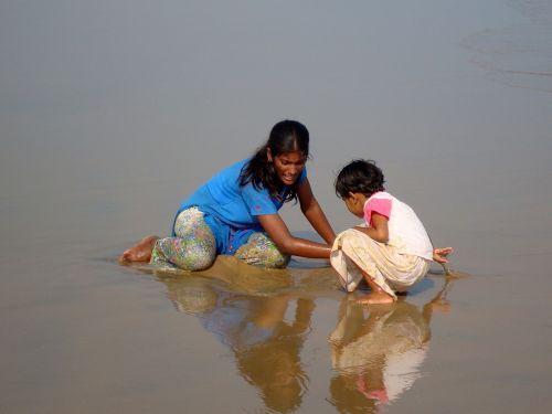 girls beach india