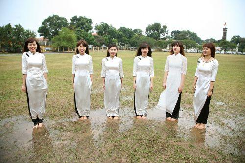 girls women asian