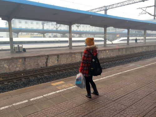 girls train station train