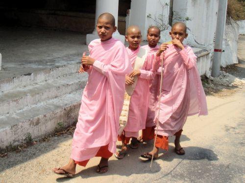 girls monastery buddhism
