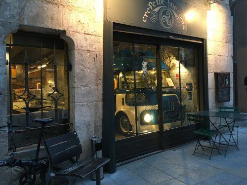 girona catalonia cafe