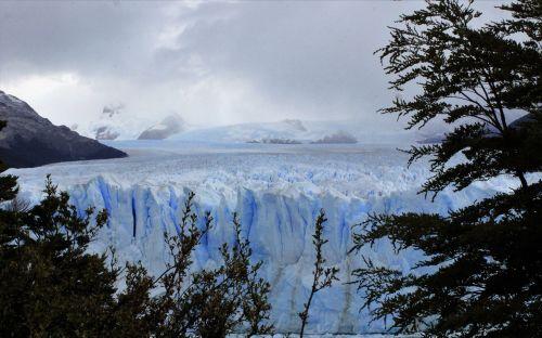 glacier perito moreno landscape