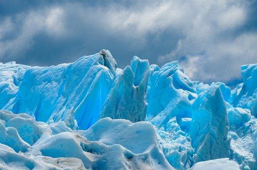 glacier  argentina  iceberg