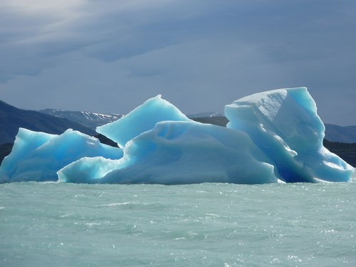 glacier  iceberg  patagonia