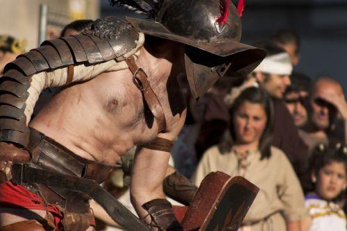 gladiator street performance arde lucus