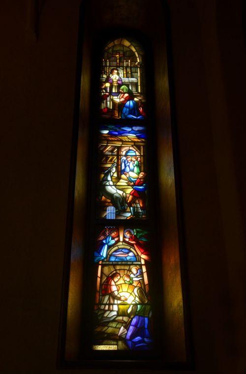 glass color church