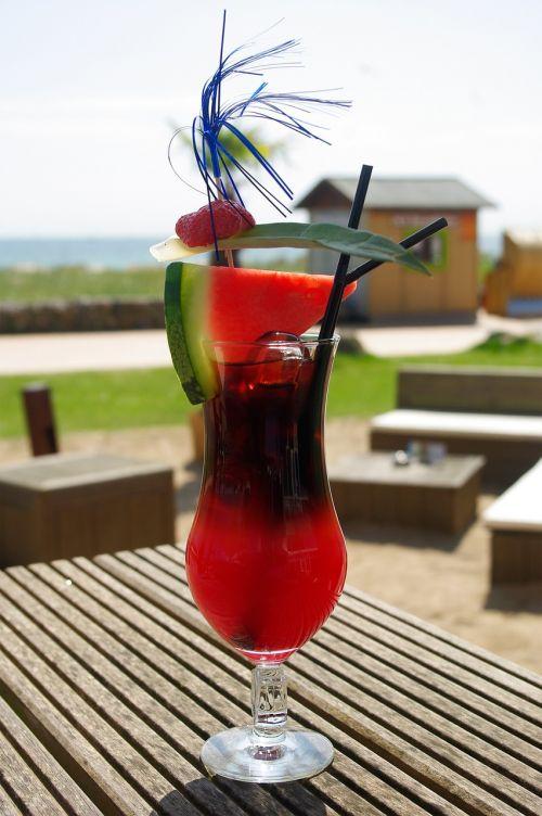 glass cocktail erfrischungsgetränk
