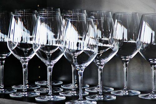 glass wine stemware