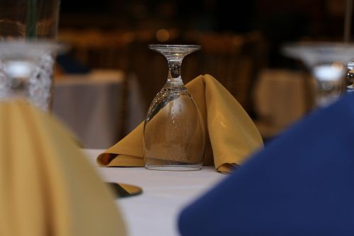 glass table setting napkin