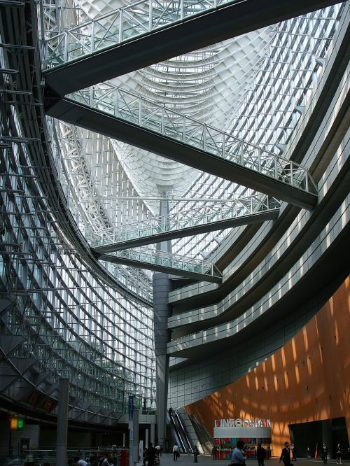 tokyo international forum glass building