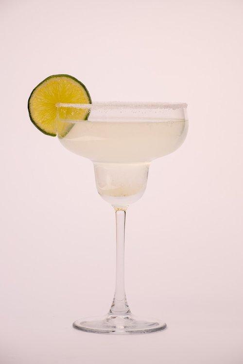 glass  lime  ice