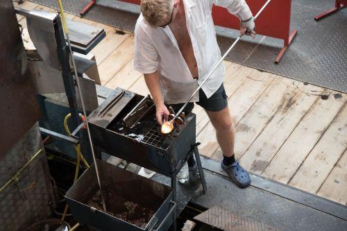 glass blower workers craftsmen