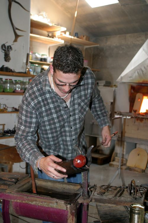 glass blower tradition craft