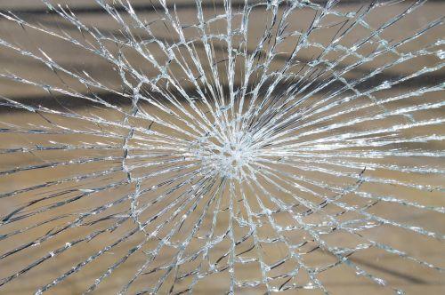 stiklo lūžimas,stiklas,sunaikintas,skirstytuvas,trapi,žalą,shard,lango langas,diskas,stiklo pažeidimas,sunaikinta,įtrūkimai,šoktelėjo