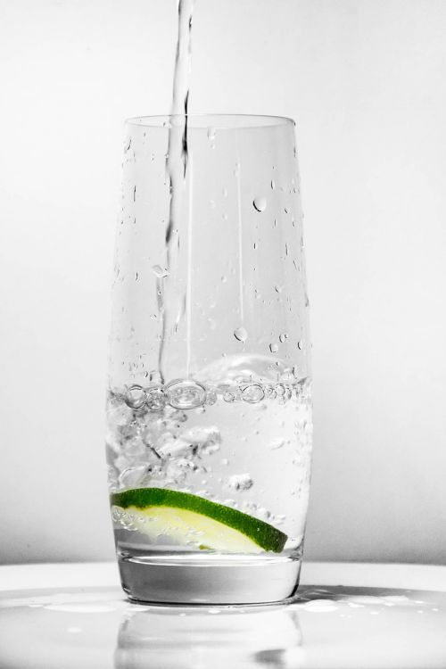 glass for water green lemon water