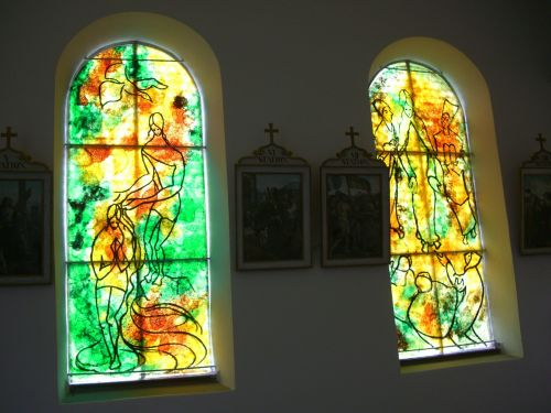 glass window artist bernard chardon chapel in kressen