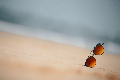 glasses beach goa