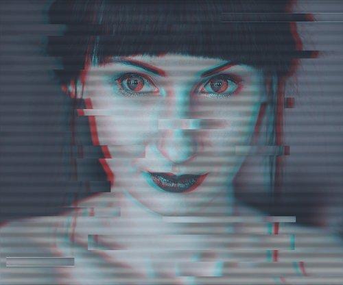 glitch  portrait  glitch portrait