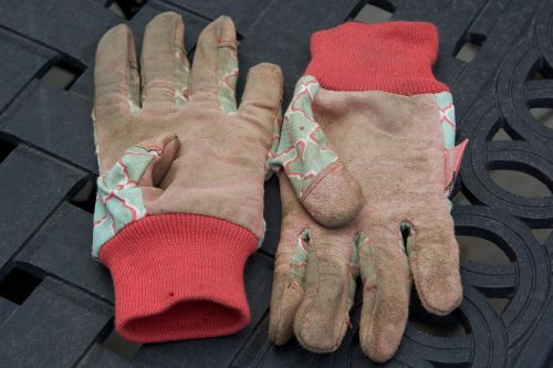 gloves garden dirty