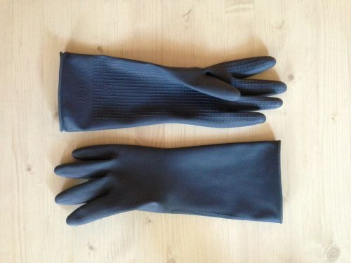 gloves rubber black