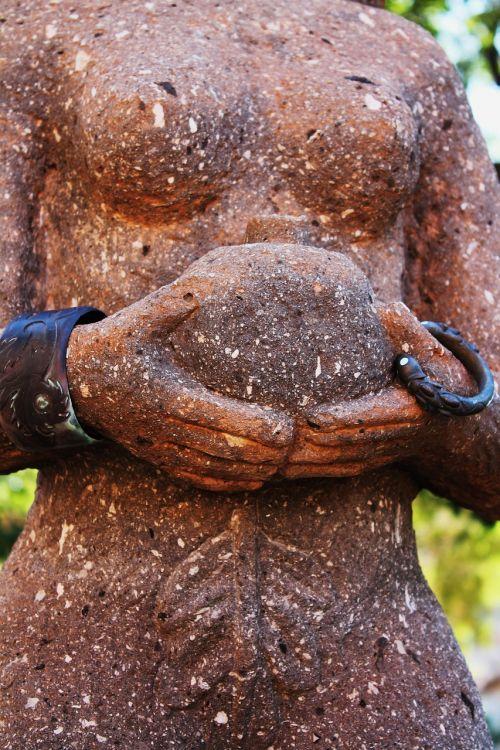 goddess garden sculpture
