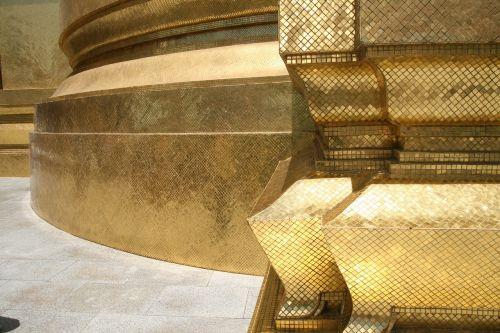gold temple thai