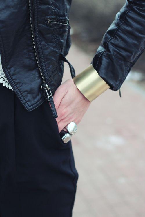 gold-tone wide cuff