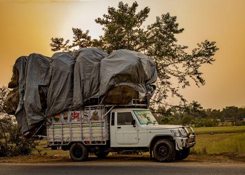 golden hour truck india