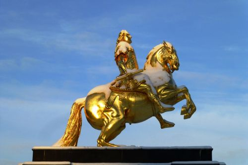 golden rider monument august the strong