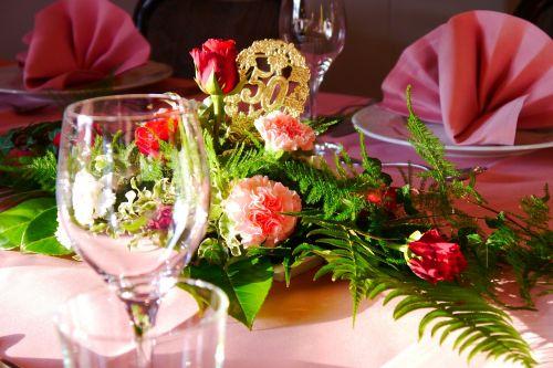 golden weddings flowers deco