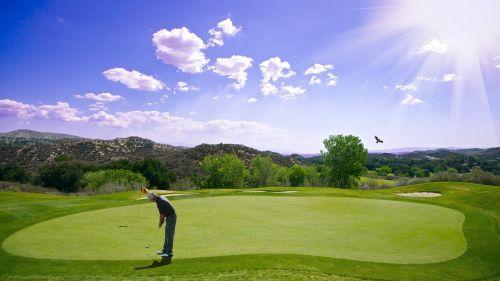 golfas,saulėlydis,Sportas,golfo žaidėjas,šikšnosparnis,lauke,vyras,žmogus,į sveikatą,fitnesas,įdėti,vyrai,žalias,įdėti žalią,lazda,golfas,putt,žaisti,žolė,žinoma,poilsis,klubas,žaidimas,skylė,veikla,linksma,atostogos,aktyvus,farvaterius,insultas,žaidėjas,kulka,golfo lazdos,asmuo,vasara,pavasaris