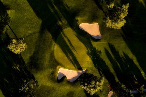 golf course golfing sports