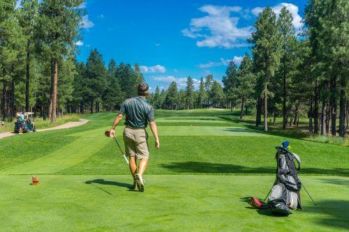 golfer golf course