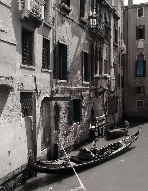 gondola venice boats