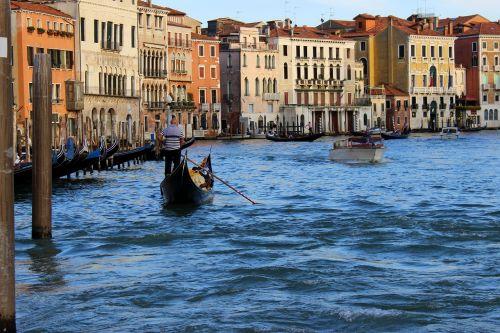 gondola gondola ride venice