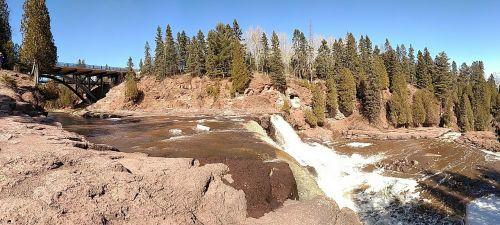 gooseberry falls minnesota waterfall