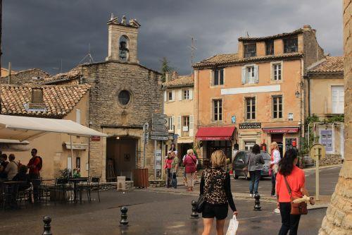 gordes market square provence