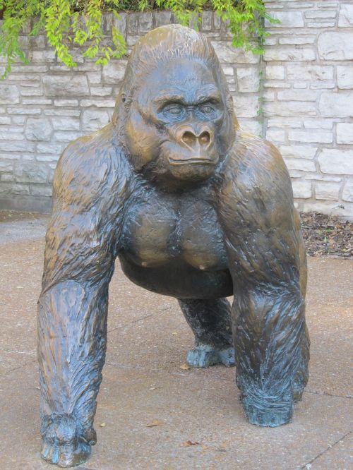 gorilla sculpture statue
