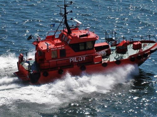 swedish pilot boat 746se gothenburg baltic sea