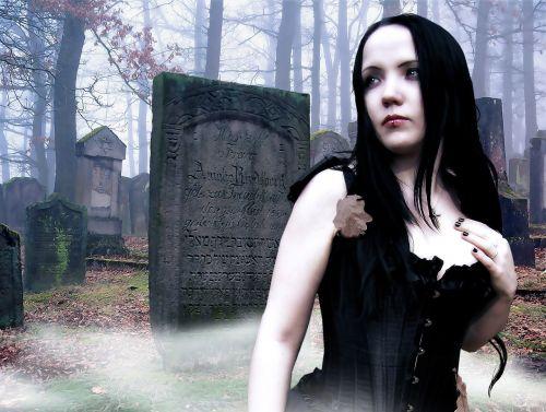 gothic fantasy female