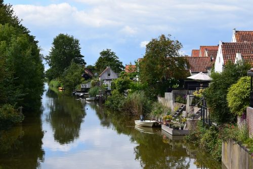 gracht canal water