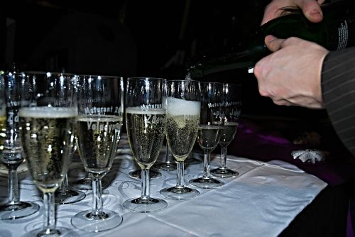 graduation champagne pouring