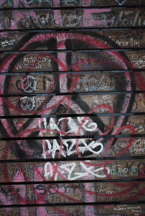 graffiti peace sign