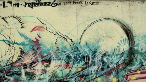 grafiti,spalvinga,grafiti siena,Kipras,ayia napa,menas,dažyti