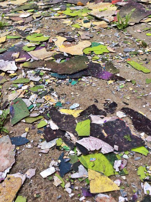 graffiti fragments rubble